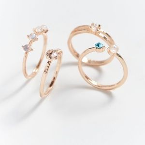UO Mini Shell Ring Set of 4 Gold Rings w/Stone NWT